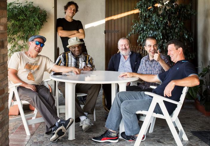 "Joe Farnsworth, Marco Ferri, Harold Mabern, Claudio Piazzi ""the Count"", Valerio Pontrandolfo and John Webber (photo by Gaetano Chiodini)"